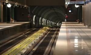 Ανοικτοί όλοι οι σταθμοί του Μετρό και ο δρόμος μπροστά από την Αμερικανική πρεσβεία