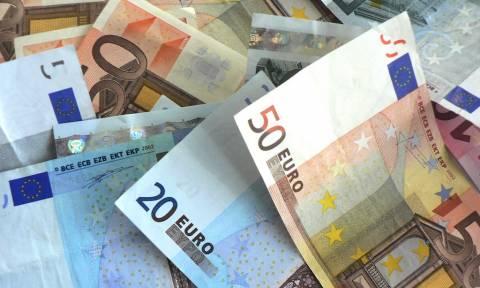 Σοκ: Το ΔΝΤ «διαλύει» το αφορολόγητο και τις ζωές των Ελλήνων