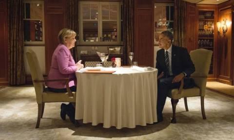 H ευχάριστη έκπληξη της Μέρκελ στον Ομπάμα πριν από το επίσημο δείπνο! (video)