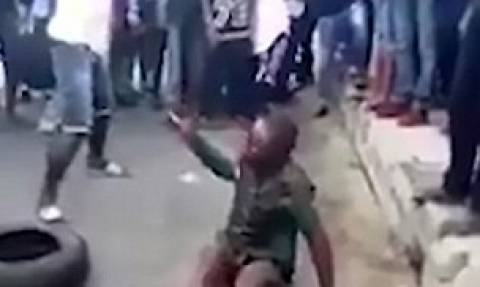 Σκληρές εικόνες - Η απόλυτη φρίκη: Έβαλαν φωτιά σε 7χρονο που έκλεψε για να φάει