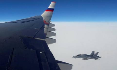 «Θερμό» επεισόδιο: Ελβετικά μαχητικά «παρενόχλησαν» ρωσικό αεροσκάφος!