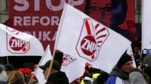 Πολωνία: Χιλιάδες διαδηλωτές στους δρόμους εναντίον της μεταρρύθμισης του εκπαιδευτικού συστήματος