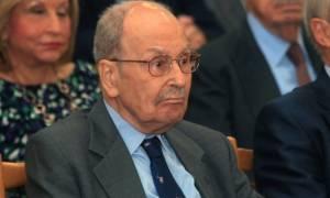 Ώρες αγωνίας για τον Κωστή Στεφανόπουλο - Τι αναφέρει το ιατρικό ανακοινωθέν