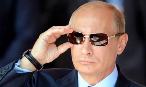 Αυτός είναι ο Πρόεδρος κράτους που αποκάλεσε τον Πούτιν «ήρωά» του όταν τον συνάντησε
