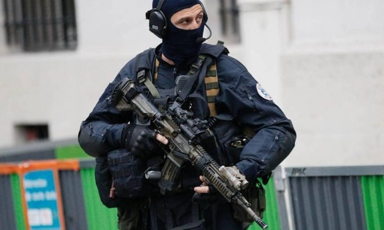 Συναγερμός στη Γαλλία: Αποτράπηκε τρομοκρατική επίθεση την περίοδο των Χριστουγέννων (Vid)