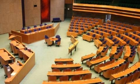 WSJ: Βόμβα στα θεμέλια της ΕΕ ο ολλανδικός νόμος για τα δημοψηφίσματα