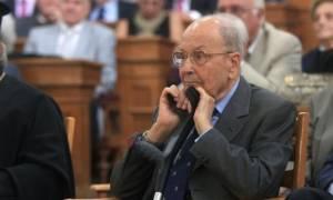 Κωστής Στεφανόπουλος: Είκοσι ένας τιμητικοί κανονιοβολισμοί θα ριφθούν κατά την εξόδιο Ακολουθία