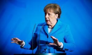 Γερμανία: Απρόσμενη στροφή 180 μοιρών από τη Μέρκελ για το προσφυγικό