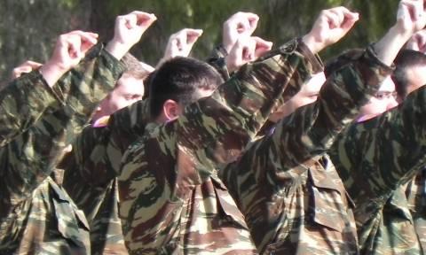 Στρατιωτική θητεία: Έρχεται υποχρεωτική στράτευση στα 18;
