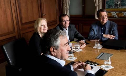 Κυπριακό: Ευθύνες από τον Aκιντζί στην ελληνοκυπριακή πλευρά για το ναυάγιο των διαπραγματεύσεων