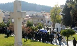 Κηδεία Στεφανόπουλου: Σε κλίμα συγκίνησης το τελευταίο αντίο στην Πάτρα (pics & vids)