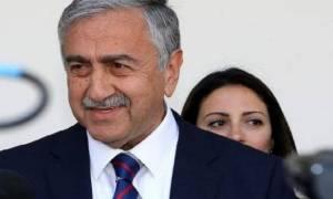 Αλλαγή της στάσης της ελληνοκυπριακής πλευράς, αναμένει ο Ακιντζί