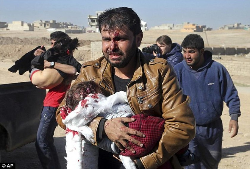 Ανείπωτη τραγωδία στο Ιράκ: Πατέρας θρηνεί για το χαμό του παιδιού του από τζιχαντιστές