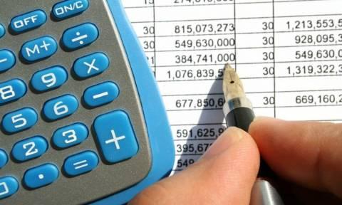 Ελεύθεροι επαγγελματίες προσοχή: Πώς θα κλείσετε «μπλοκάκια» με μόλις 100 ευρώ πρόστιμο