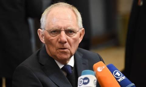 Η Süddeutsche Zeitung «κράζει» τον Σόιμπλε: Είσαι ψεύτης!