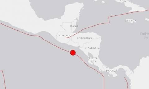 Ισχυρός σεισμός 7,2 Ρίχτερ ταρακούνησε την κεντρική Αμερική - Προειδοποίηση για τσουνάμι (videos)