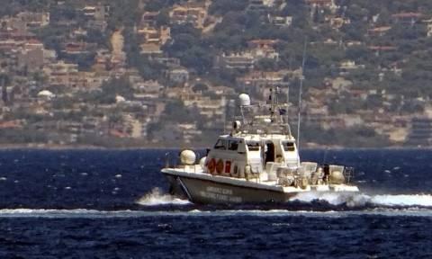 Αγωνιώδης διάσωση στη θάλασσα της Ιεράπετρας