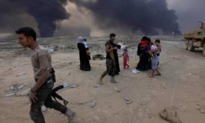 Οι ιρακινές δυνάμεις περικυκλώνουν τη Μοσούλη - Σφίγγει ο κλοιός για τους τζιχαντιστές