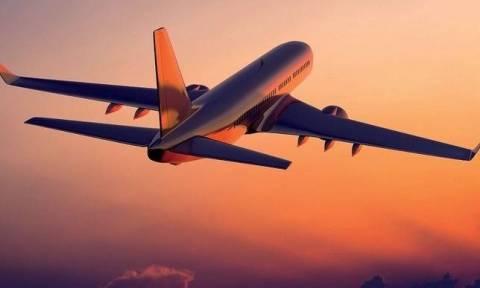 Ετοιμάζεστε να ταξιδέψετε τα Χριστούγεννα;Αυτά είναι τα ένοχα μυστικά που οι αεροπορικές σας κρύβουν