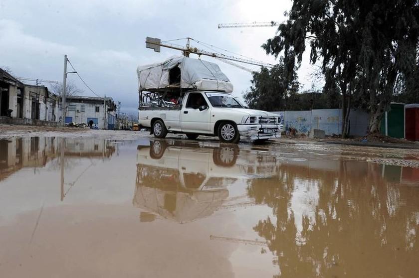 Καιρός: Ισχυρές βροχές και καταιγίδες σε ολόκληρη τη χώρα