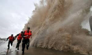Συναγερμός στην Κίνα εν αναμονή του τυφώνα Τοκάτζε