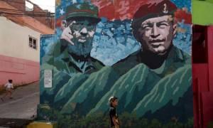 Φιντέλ Κάστρο: «Hasta la victoria siempre» - Φόρος τιμής από τον Μαδούρο στο μαυσωλείο του Τσάβες