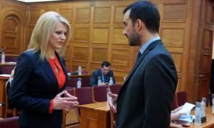 Ένταση στη Βουλή: Διακόπηκε η συζήτηση του νομοσχεδίου με τα προαπαιτούμενα