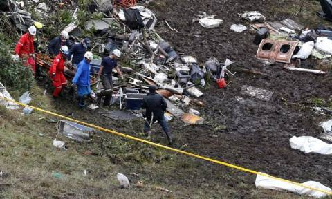 Αυτή είναι η αεροσυνοδός που επέζησε από την συντριβή του αεροσκάφους στην Κολομβία (pic)