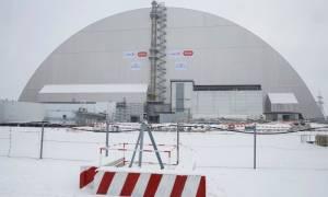 Ουκρανία: Ολοκληρώθηκε ο θόλος που θα «προστατεύει» το Τσέρνομπιλ για έναν αιώνα (pics)