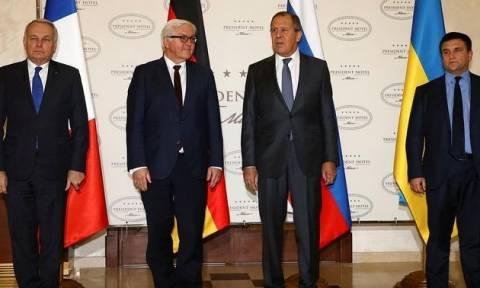 Λευκορωσία: «Δύσκολες» συνομιλίες στο Μινσκ και καμία πρόοδος για την επίλυση της ουκρανικής κρίσης