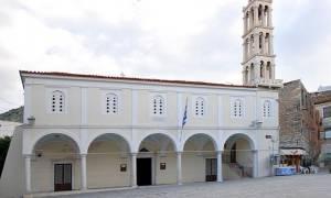 Ναύπλιο: Κινδυνεύει με κατάρρευση ο μητροπολιτικός ναός του Αγ. Γεωργίου
