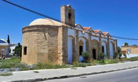 Σοκάρει η ξαφνική απαγόρευση των ορθοδόξων εκκλησιών στα Κατεχόμενα