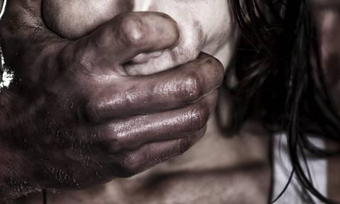 Φρίκη στο Ηράκλειο: «Δύο άνδρες με βίαζαν διαδοχικά – Συγγενής μου ο ένας»
