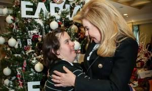 Χριστουγεννιάτικο bazaar του Συλλόγου Φίλων Παιδιών με καρκίνο «ΕΛΠΙΔΑ» (pics)