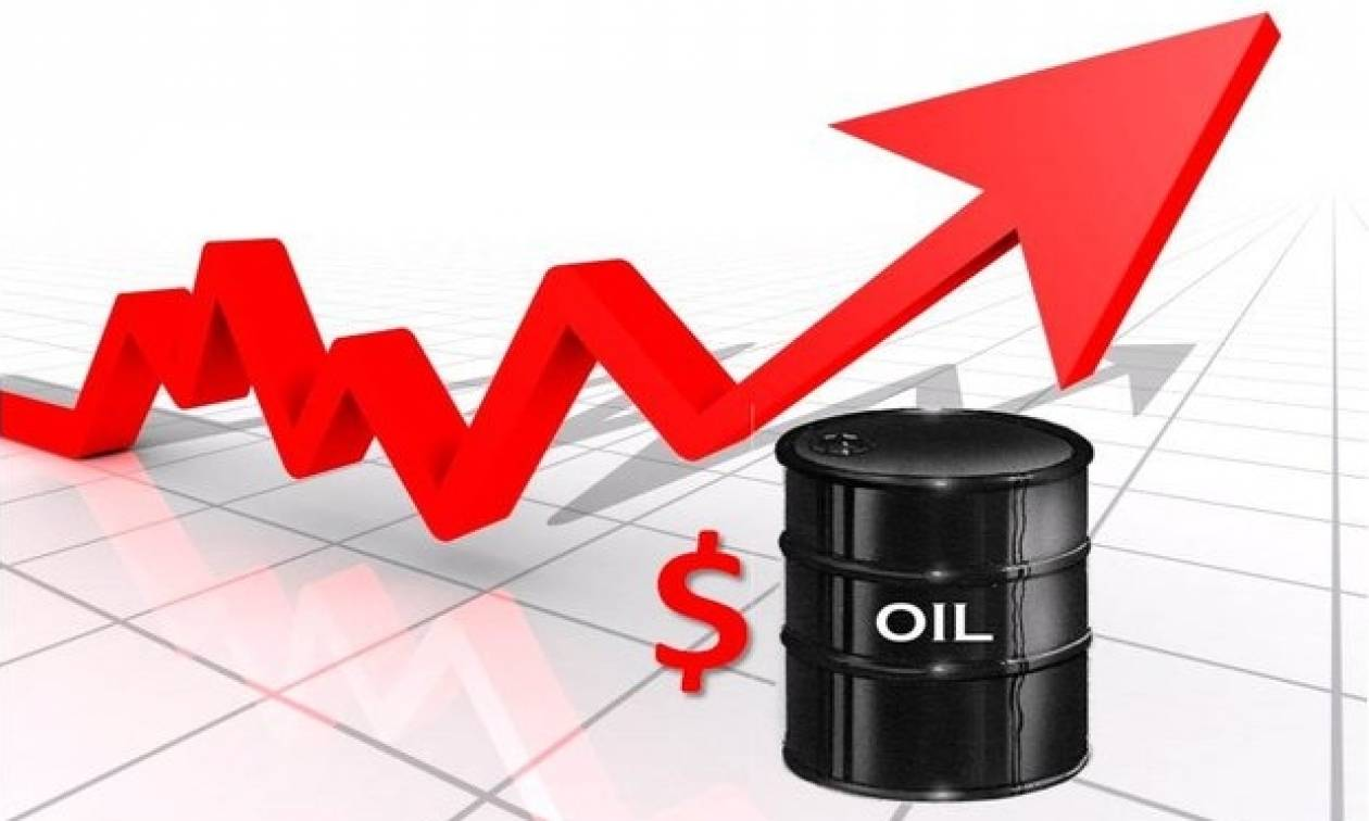«Εκτοξεύθηκαν» πάνω από 10% οι διεθνείς τιμές του πετρελαίου