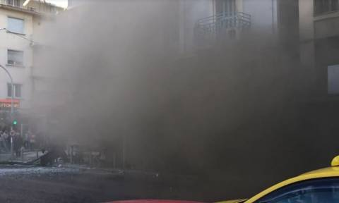 Έκρηξη στην πλατεία Βικτωρίας: Τα πρώτα πλάνα μετά το απίστευτο περιστατικό (vid)