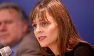 Πολιτική συμφωνία για όλα τα ζητήματα της αξιολόγησης ζητά η Αχτσιόγλου