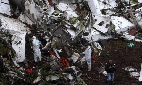 Απίστευτο: Το αεροπλάνο της Σαπεκοένσε έπεσε εξαιτίας ενός ηλεκτρονικού παιχνιδιού;