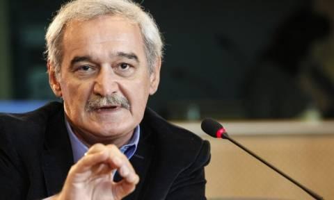Καταγγελία Χουντή: H κυβέρνηση δεν αξιοποιεί ψήφισμα του ΕΚ υπέρ του μειωμένου ΦΠΑ στα νησιά