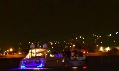 Ναύπλιο: Γιοτ προσάραξε στο λιμάνι (vid)