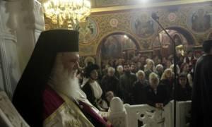Ο Αρχιεπίσκοπος στον ναό Αγίας Βαρβάρας Δάφνης (pics)