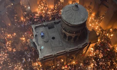 Συγκλονιστική αποκάλυψη στον τάφο του Ιησού Χριστού - Δείτε τι βρήκαν (vids+pics)