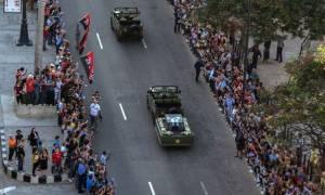 Κηδεία Φιντέλ Κάστρο: Δείτε εικόνα από το τελευταίο αντίο (Vid+Pics)