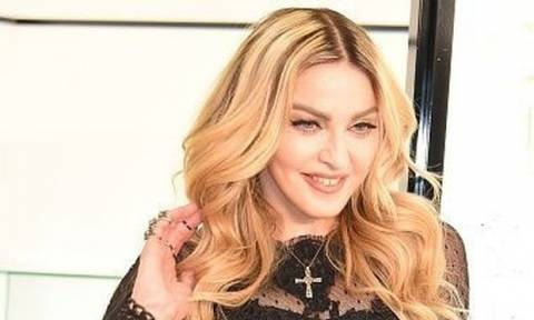 Αυτό πρέπει να το δεις! Η Madonna έκανε πλαστική και δεν πάει ο νους σου σε ποιο σημείο