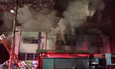 Ανείπωτη τραγωδία στις ΗΠΑ: Βρέθηκαν 24 πτώματα στην καμένη αποθήκη του Όκλαντ