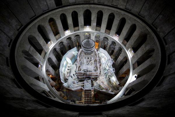 01 church holy sepulchre.adapt.1190.1