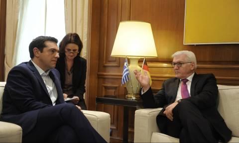 Αλληλεγγύη προς την Ελλάδα ζήτησε ο Τσίπρας από τον Στάινμαϊερ