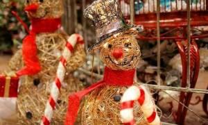 Χριστούγεννα 2016 - Πρωτοχρονιά 2017: Πότε ξεκινάει το εορταστικό ωράριο των καταστημάτων