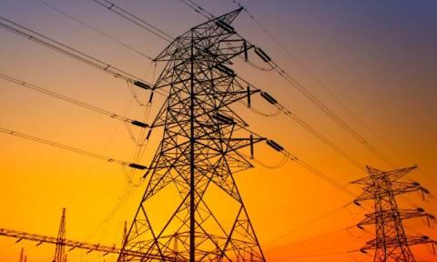 ΔΕΗ: Έρχονται μειώσεις στα τιμολόγια του ηλεκτρικού ρεύματος - Δείτε ποιους αφορά