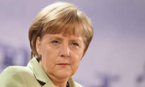 Γερμανία: Σπάει τα ρεκόρ η επανεκλογή της Μέρκελ - Αρχίζει η μάχη των εκλογών του 2017